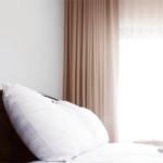 睡眠の質を高める、寝室の暗さと明るさ