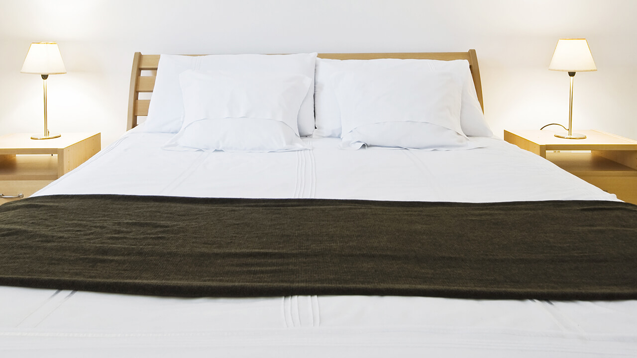 シーツ、カバー、枕カバーをホワイトで統一